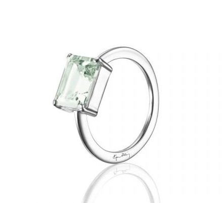 A Green Dream Ring, Silver