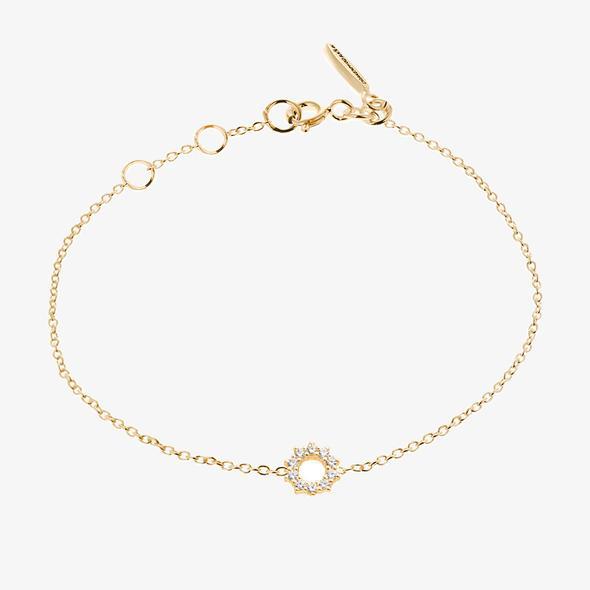 Infinity Drop Bracelet Gold