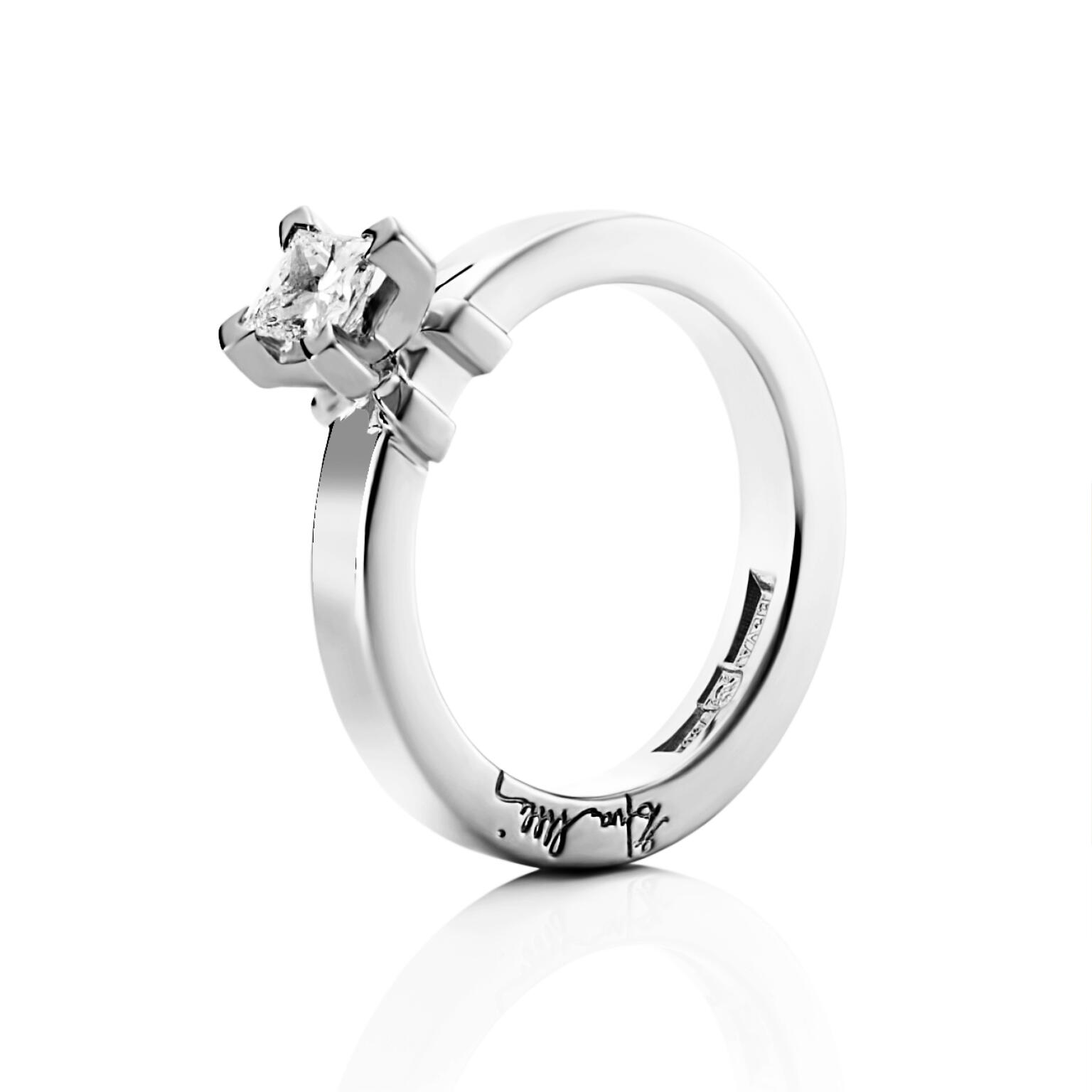 Dolce Vita Princess Ring 0.37 ct – Vitguld